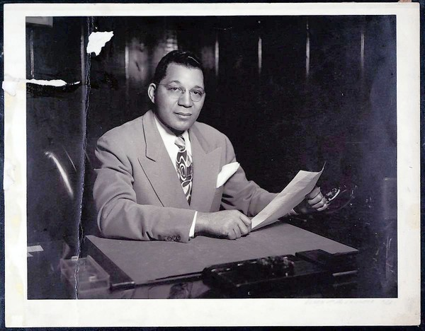 Attorney Walter L. Gordon Jr. is shown in the mid-1940s. Gordon died in Los Angeles on April 16 at age 103.