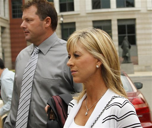 Former Major League Baseball pitcher Roger Clemens, and his wife Debbie Clemens arrive at federal court in Washington in this July 6, 2011, photo.