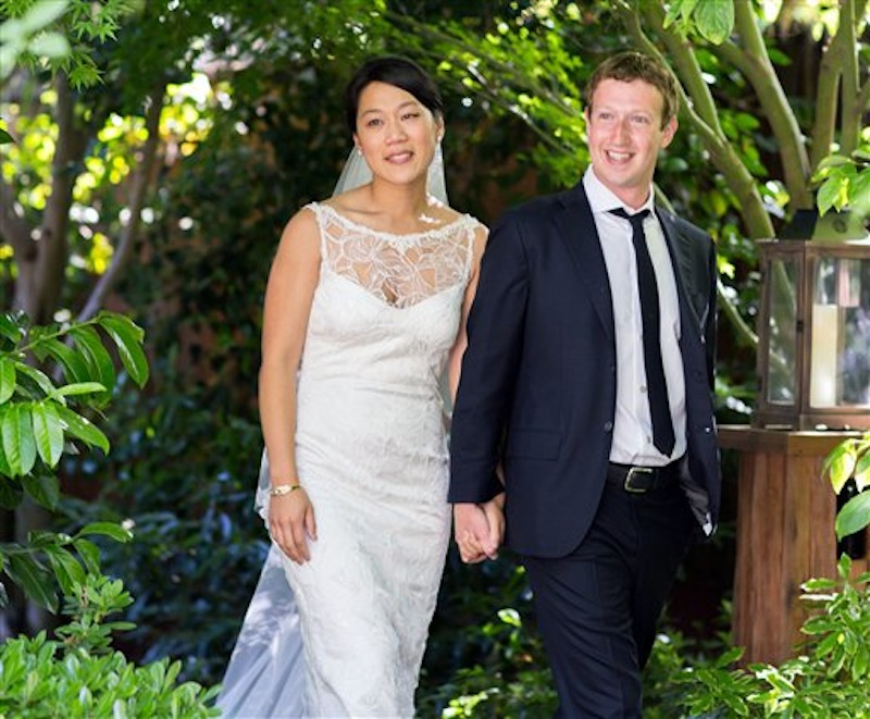 Mark Zuckerberg and Priscilla Chan at their wedding in Palo Alto, Calif., on May 19, 2012.