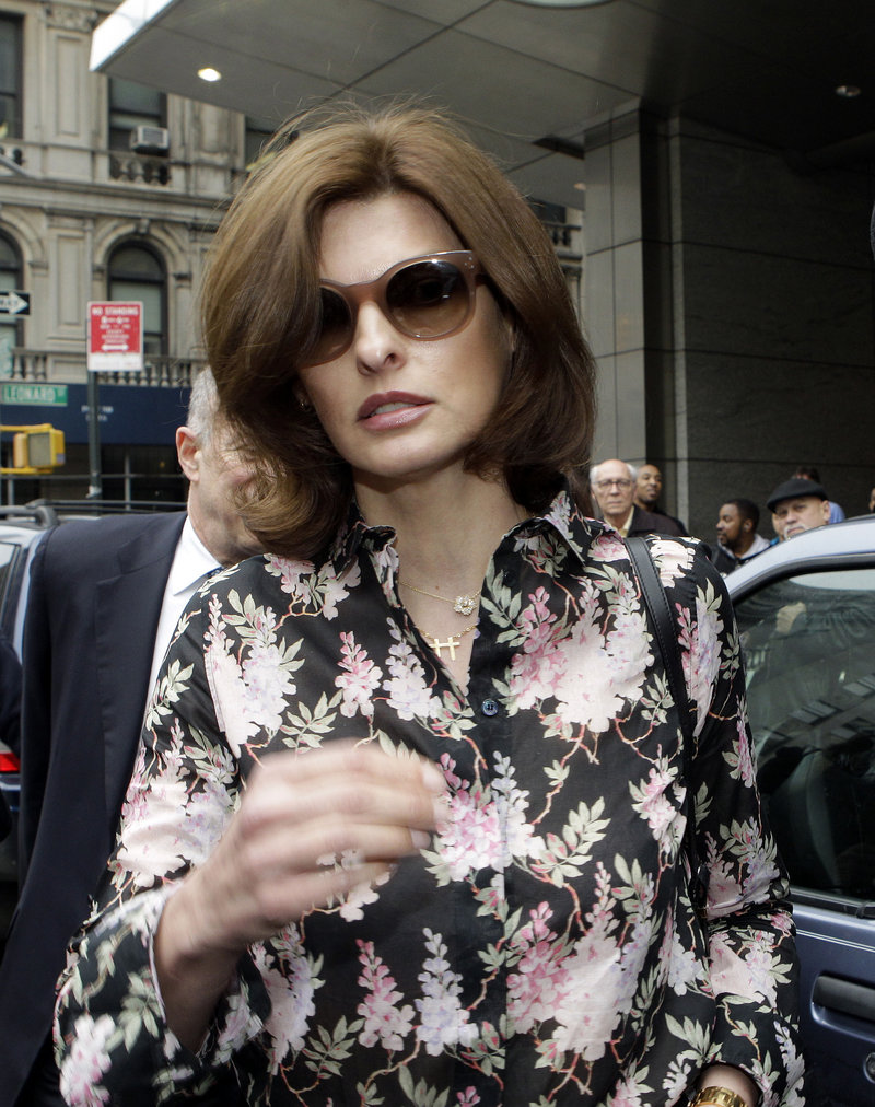 Linda Evangelista leaves Manhattan Family Court on Thursday. Evangelista is asking ex Francois-Henri Pinault to pay child support for their 5-year-old son.