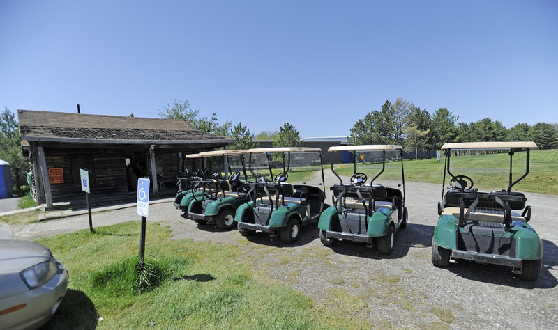 At Riverside's nine-hole South Course, plans call for a new clubhouse. The municipal facility, which also has an 18-hole North Course, has lost almost $200,000 since 2001, but it is projected to break even this year.