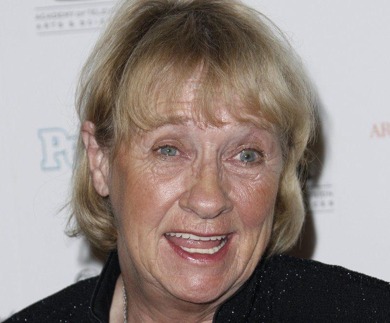 Kathryn Joosten died at age 72 Saturday after battling lung cancer for 11 years.