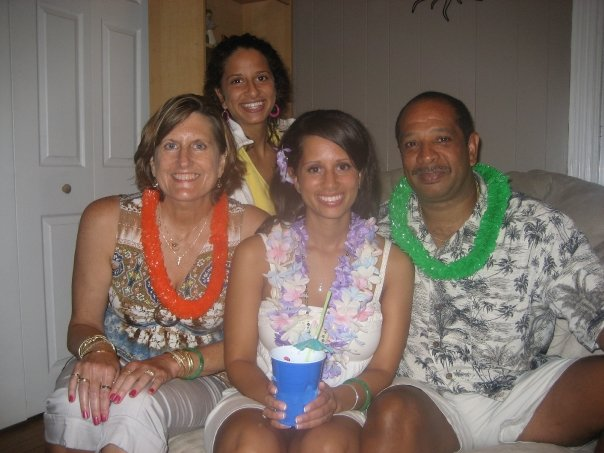 Darien Richardson, in back, at her sister's 24th birthday party in August 2009. In front are her mother, Judi, left, sister Sarena and father Wayne Richardson.