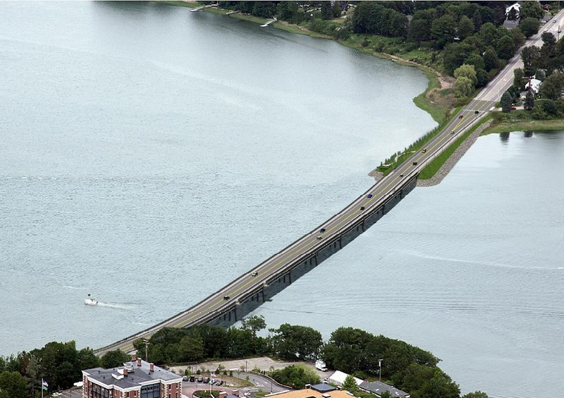 This is an artist's rendering of the proposed span, from the $23.5 million winning proposal of CPM Constructors of Freeport and VHB of Watertown, Mass.