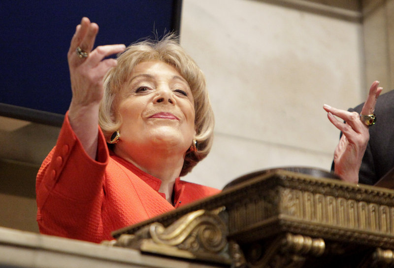 Evelyn Y. Davis, on April 1, 2009, got a chance to ring the closing bell at the New York Stock Exchange and, in her usual fashion, took the opportunity to blows kisses to the crowd on the exchange floor.
