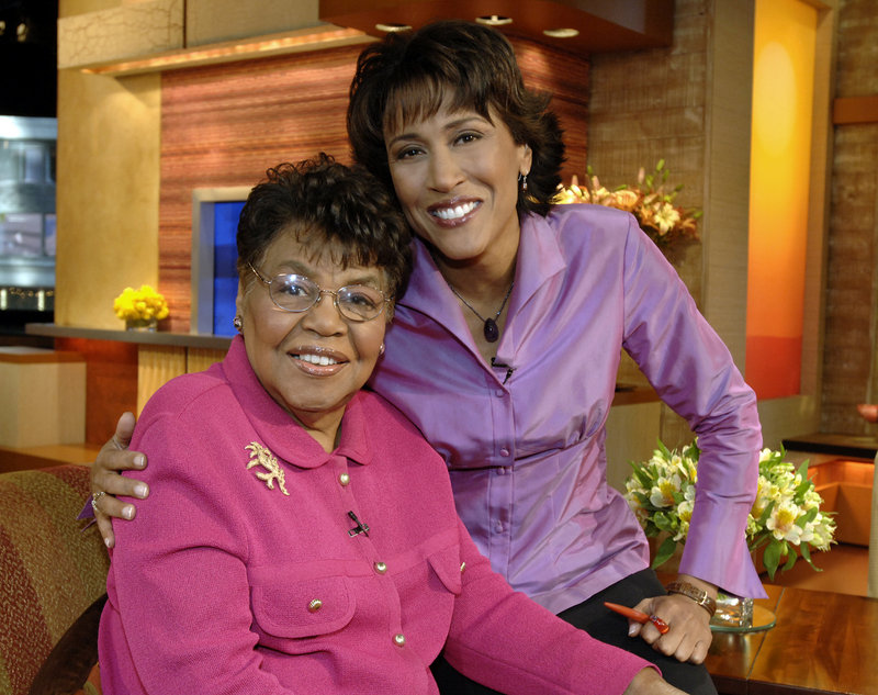 "This 2006 photo released by ABC shows ""Good Morning America"" co-host Robin Roberts, right, with her mother, Lucimarian Roberts, on the set in New York."