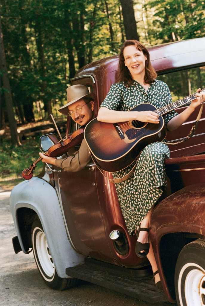 Appalachian music duo Jay Ungar and Molly Mason perform on Friday in Ogunquit and on Saturday in Brownfield.