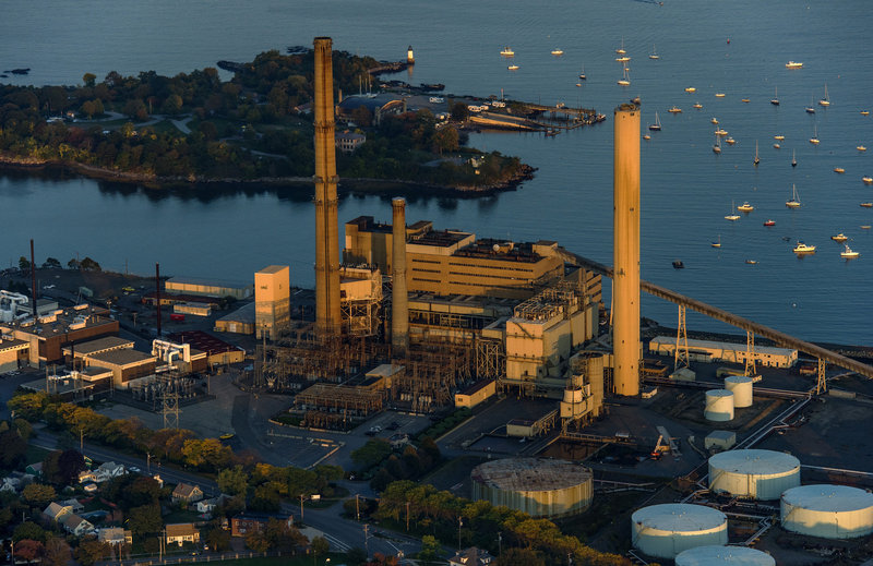 An old coal plant in Salem, Mass., one of the state's 'Filthy Five,' is headed for demolition, as natural gas – a cheaper and cleaner source of energy – becomes more popular.