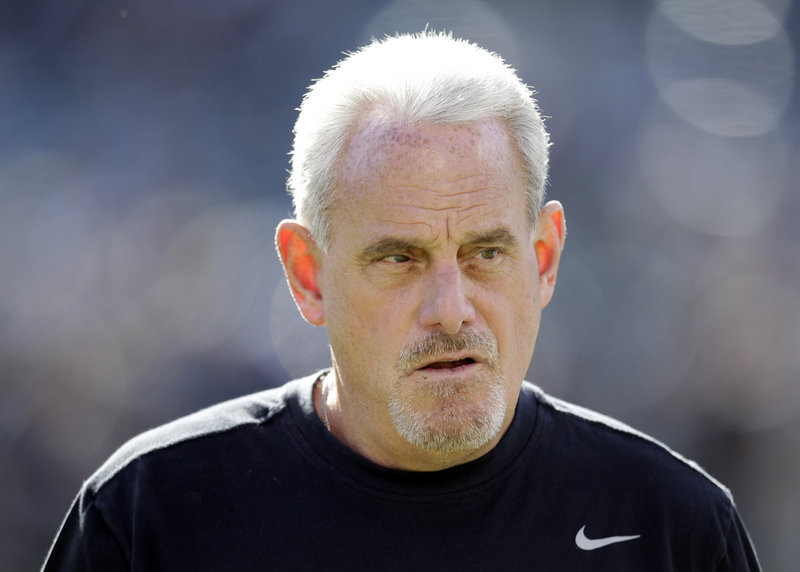 Joe Vitt, the Saints' interim head coach, offered to take a lie detector test to dispute comments by his fellow coaches.
