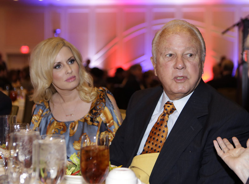 "Former Louisiana governor Edwin Edwards and his wife Trina Scott Edwards will appear in a reality show, ""The Governor's Wife,"" starting in February on A&E."