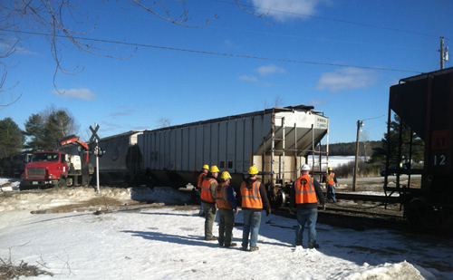 A Pan Am train derailed this morning at the intersection of routes 219 and 106 in Leeds, near the Wayne town line. No injuries were reported.