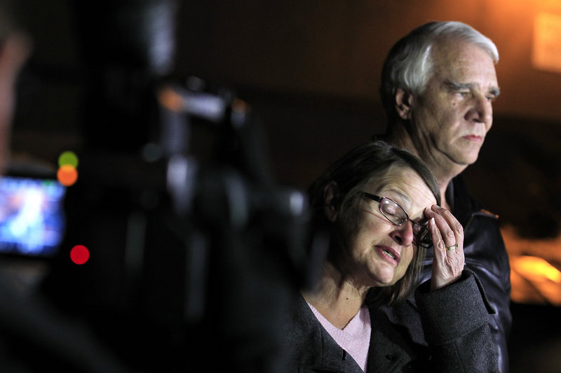 Jim Reynolds, 66, and his wife, Karen Reynolds, 57, describe being held captive by fugitive Christopher Dorner inside a condo unit they own at Mountain Vista Resort.