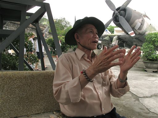Vietnam war veteran Ho Van Minh talks about his experience as a North Vietnamese soldier during the war at the Vietnam Military History Museum in Hanoi on Thursday. The 77-year-old lost his right leg to a land mine while advancing on Saigon, just a month before that city fell.