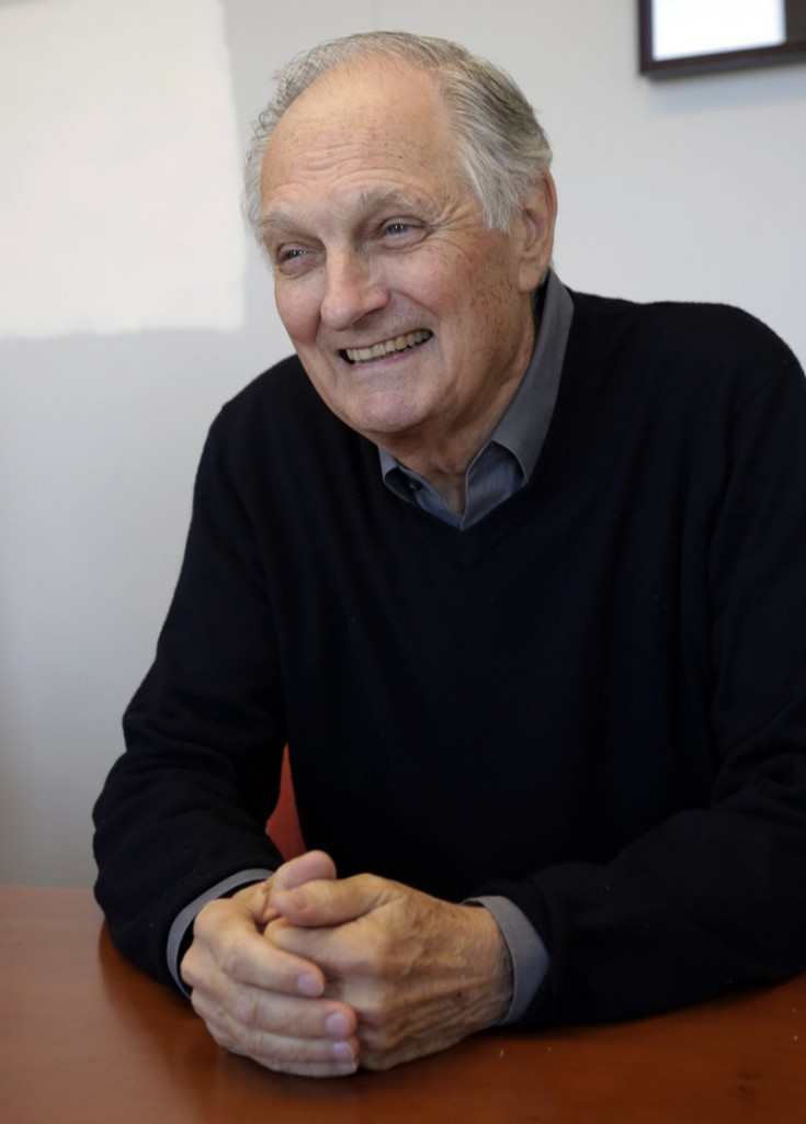 Alan Alda wants doctors and scientists to use clear, simple language.