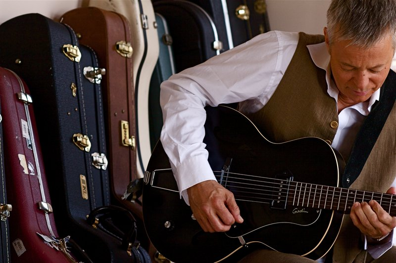 Tommy Emmanuel was twice named best acoustic guitar player by Guitar Player magazine.