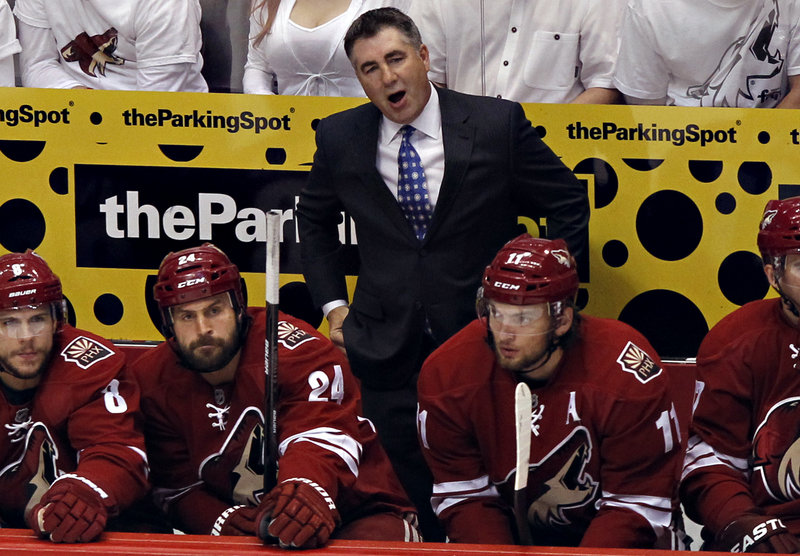 Dave Tippett wanted to see what would happen with the Phoenix Coyotes' ownership, then opted to stay as coach.
