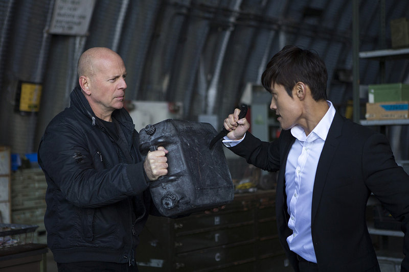 "Willis fends off Byung-hun Lee as Han-the-Hitman in ""RED 2."""