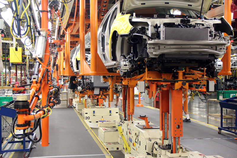 General Motors' Spring Hill manufacturing plant in Tennessee is being upgraded so the company can build two new midsize vehicles – a development that's expected to create or retain 1,800 jobs.