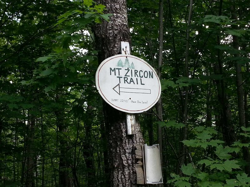 Yes, the sign was there for the Mount Zircon trail. It just wasn't where hikers might expect – a problem for those not accustomed to the area.