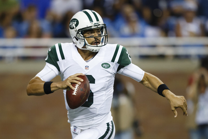 Mark Sanchez got off to a terrible start in the New York Jets' exhibition opener but came back with a solid performance. The Jets meet the Jacksonville Jaguars next.