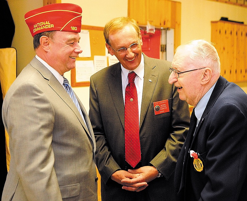 American Legion National Commander Daniel Dellinger, left, is visiting Maine this weekend.