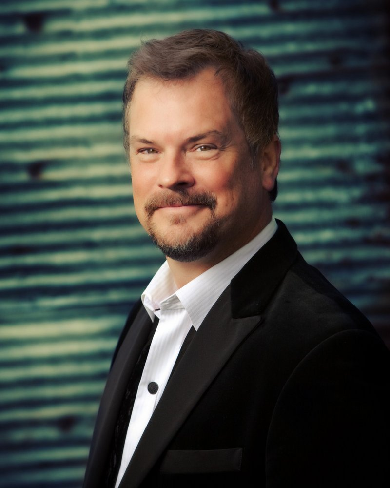 Broadway singer Mike Eldred will join the PSO for its Pops concerts.