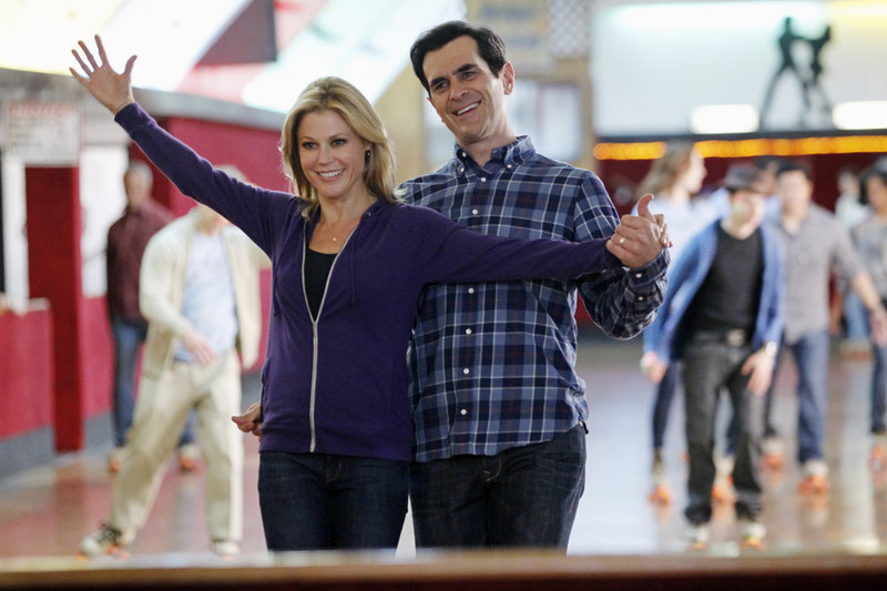 "Julie Bowen and Ty Burrell in ""Modern Family."""