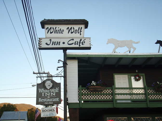 The White Wolf Inn in Stratton