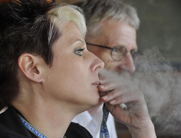Carrie and Steve Gorham run SmokeEnds, a company distributing e-cigarettes.