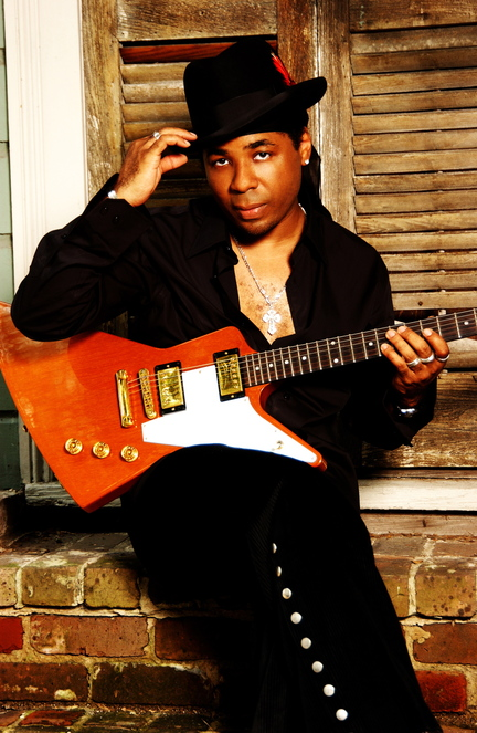Chris Thomas King, a Grammy winner, will play blues at the Saco River Theatre in Buxton on Saturday.