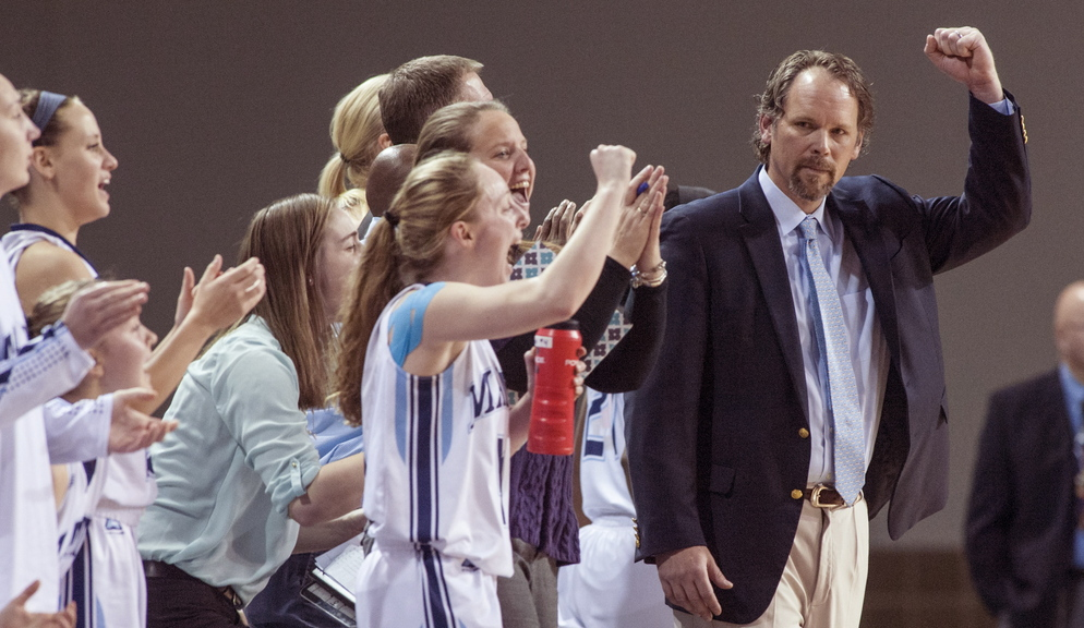 Richard Barron has a women's basketball team that has bonded and is ready to keep working its way back from last year's rock-bottom 4-24 season.
