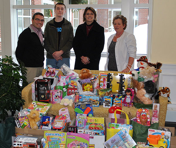 The Biddeford High School Interact Club delivered new toys for kids at Southern Maine Health Care during the holidays.