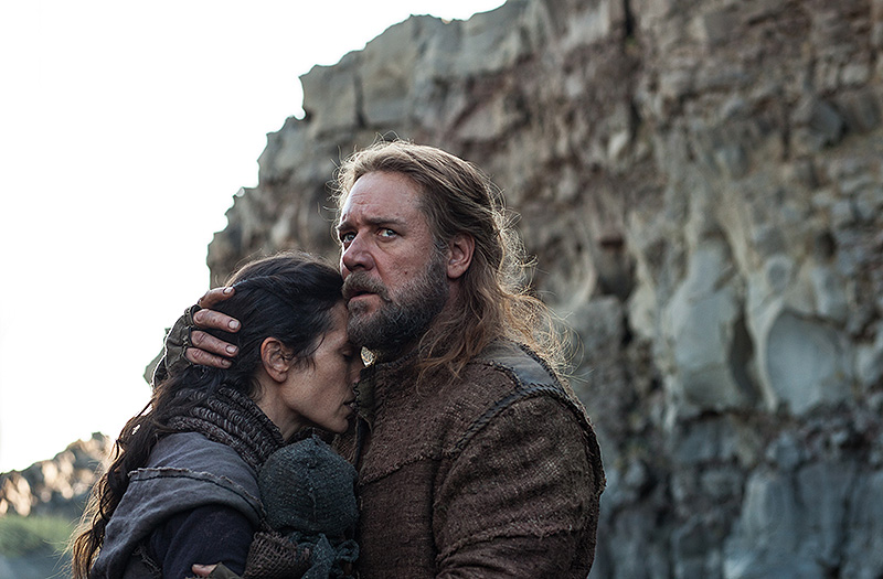 "Jennifer Connelly and Russell Crowe in ""Noah,"" director Darren Aronofsky's telling of the epic Bible story. Jennifer Connelly,NOAH Day9 Watchers Pit Jennifer Russell 080212"