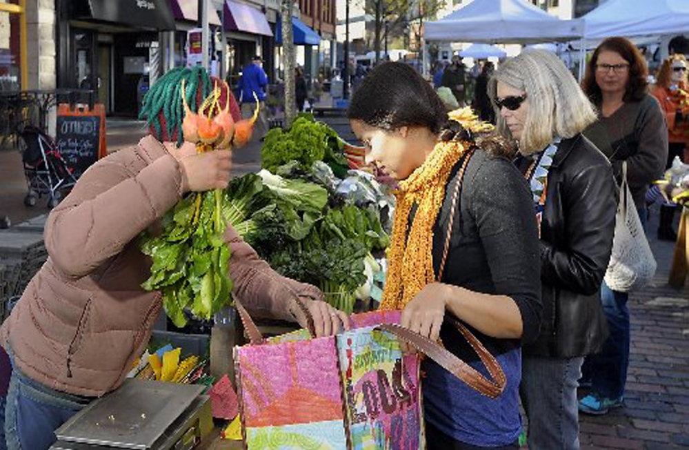 Market report: Farmers markets, toughing it out indoors in the winter months, will before long return to their wide open spaces.