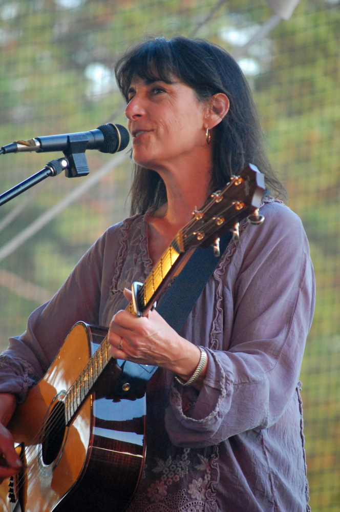 Singer-songwriter Karla Bonoff will perform at Jonathan's in Ogunquit on Saturday.