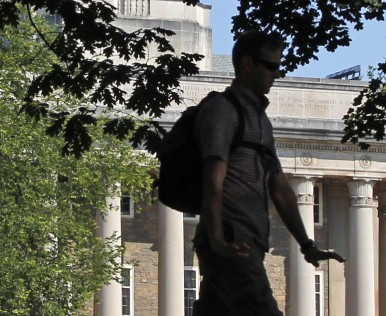 A report released by The Federal Reserve Bank of New York on Tuesday, says that a degree is still a good investment for college graduates.