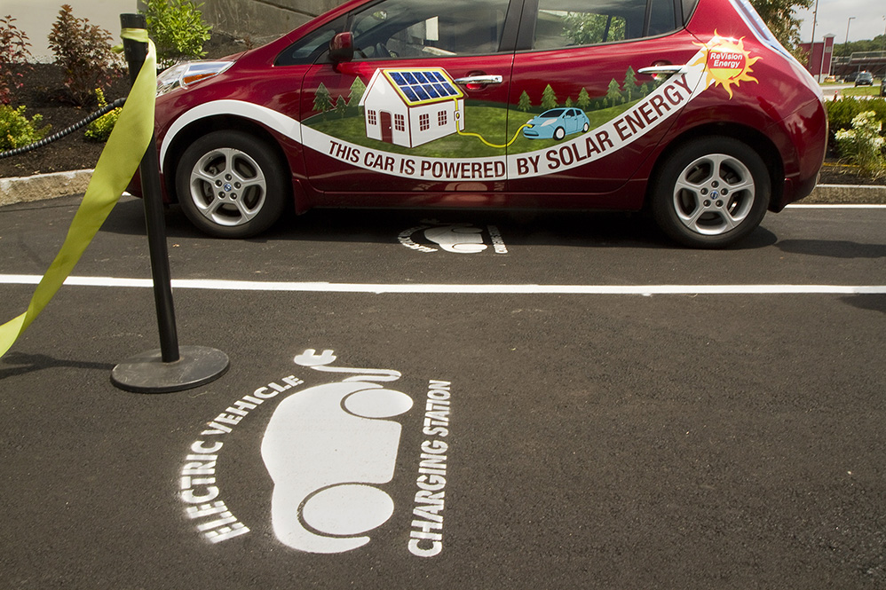 Quick Charge Stations Installed As A Spark In Southern Maine