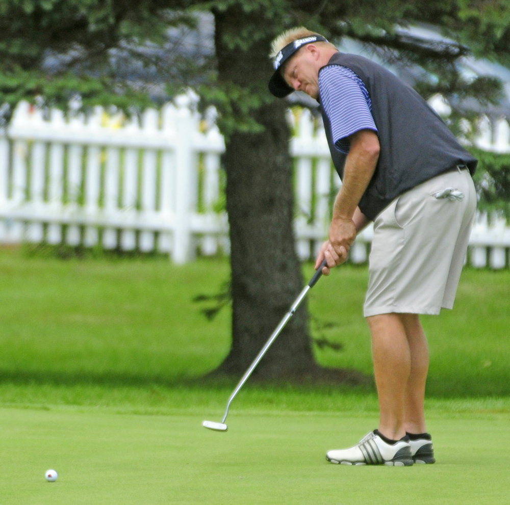 Eric Egloff finished 5-under par Tuesday in the one-day Maine Open, but was three strokes behind winner Andrew Mason. Egloff was in one of the first groups to tee off at the Augusta Country Club.