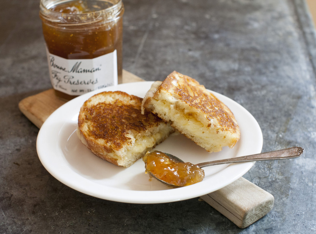 A grilled cheese made with Bonne Maman fig preserves.