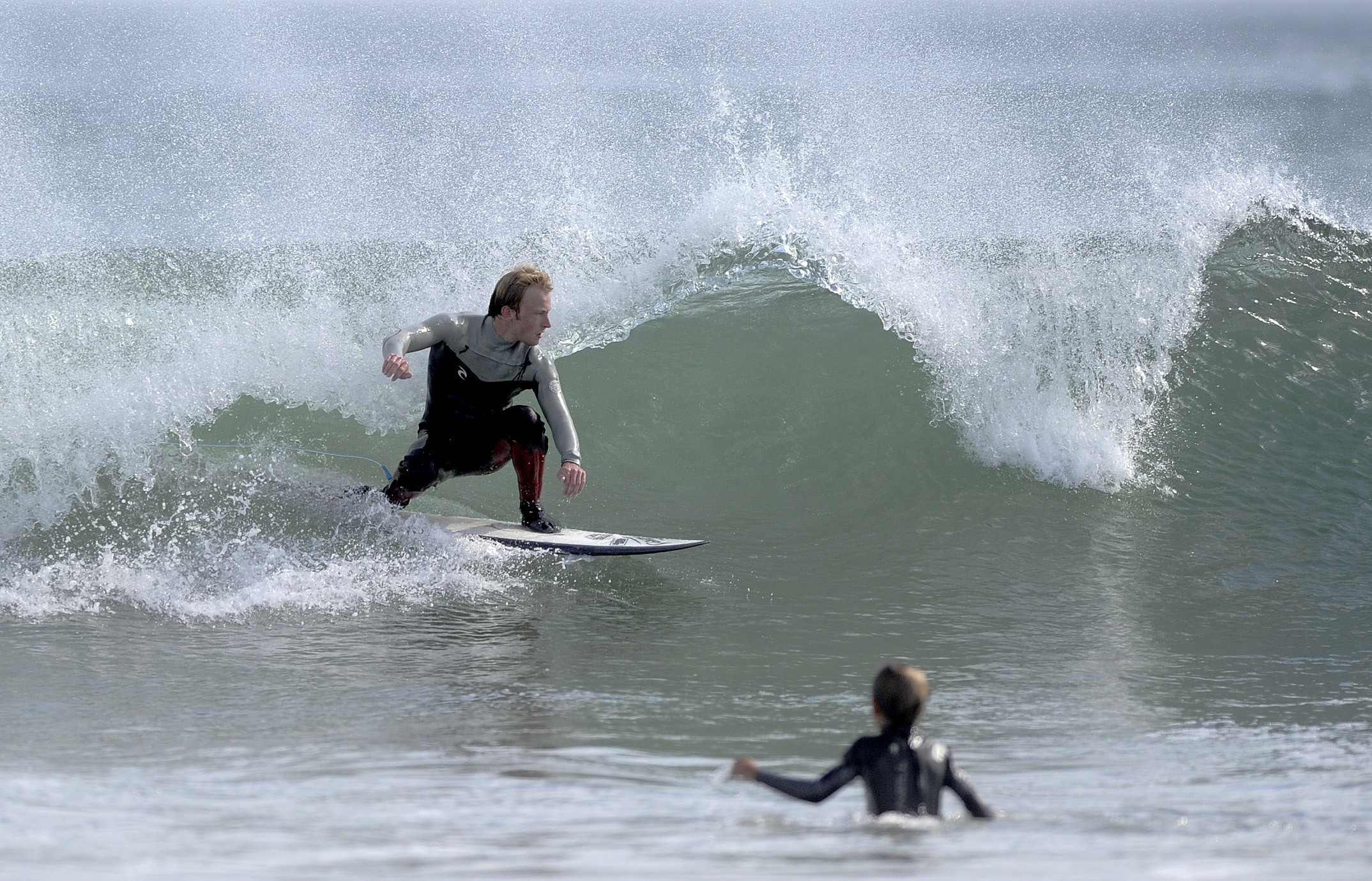 Big Surf Off Maine Triggers Warnings Attracts Surfers