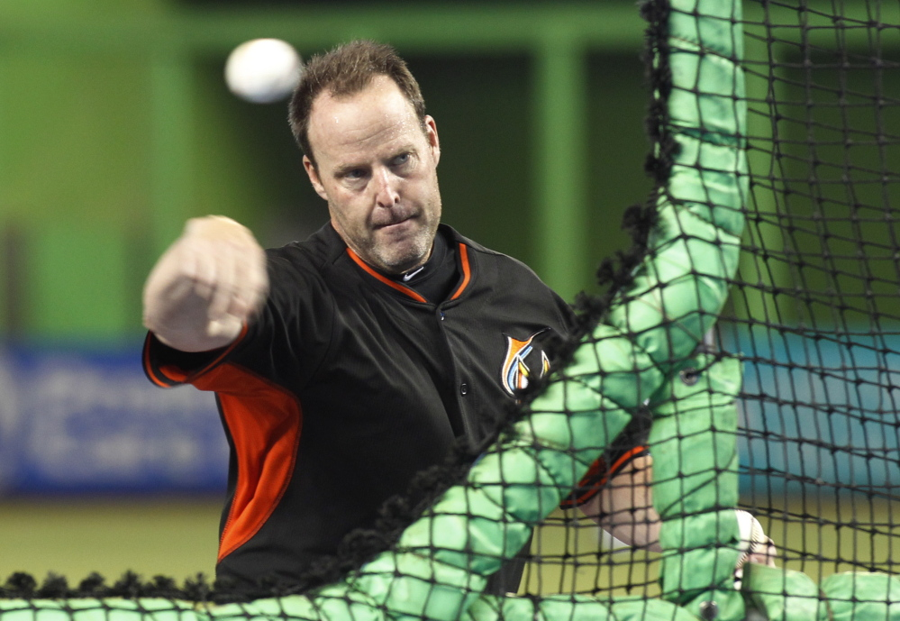 Marlins Manager Mike Redmond received a two-year contract extension from Miami.
