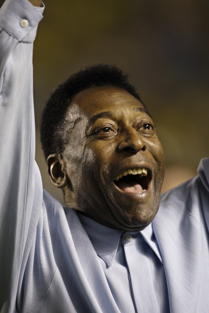 Pele's condition is continuing to improve and doctors have suspended kidney treatment for the soccer great, a Brazilian hospital said Sunday.