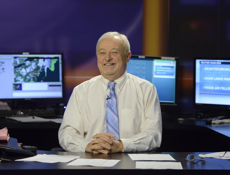 Kevin Mannix, WCSH-TV weather forecaster, will leave the Portland station on Friday.