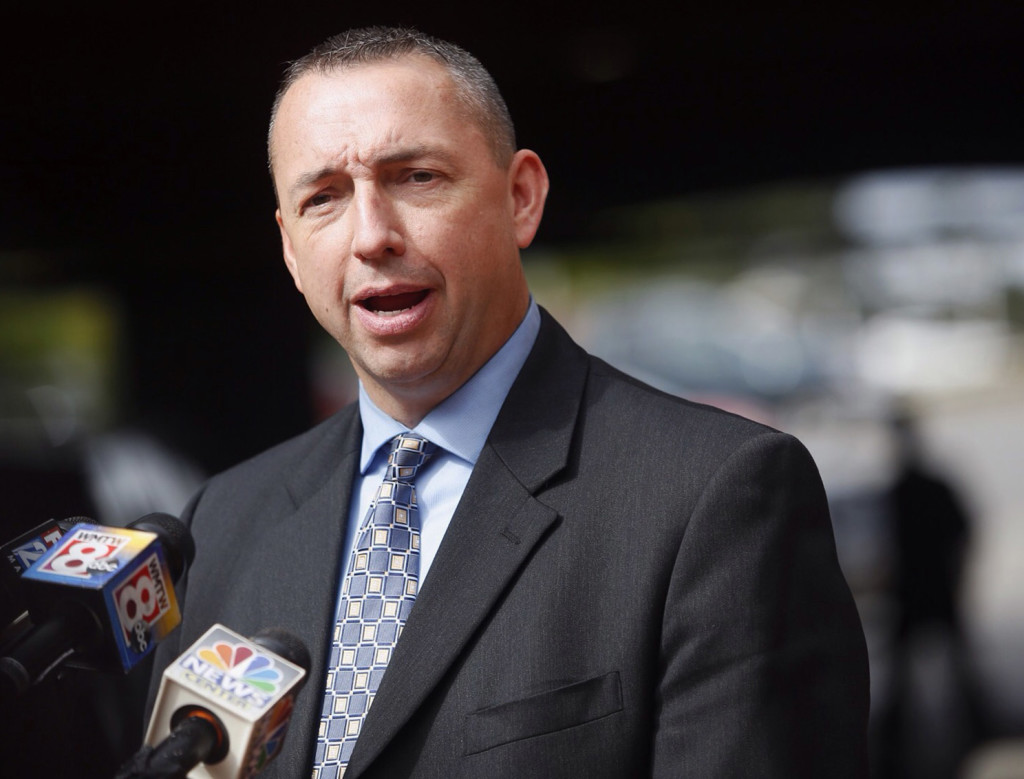 """Portland Police Chief Michael Sauschuck says Deering High's school resource officer told the governor about an overdose in Deering Oaks park. """"The story was never about students,"""