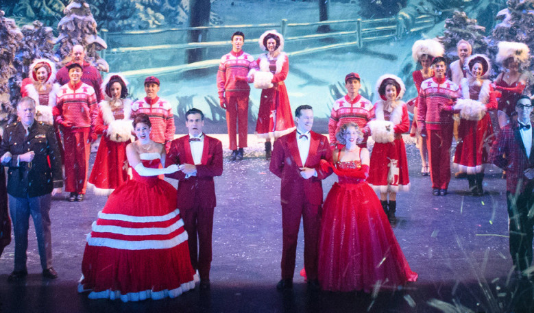 Theater Review: 'White Christmas' musical offers fun details ...