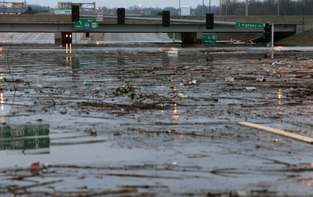 Flooding forces evacuations, traffic troubles in Missouri ...