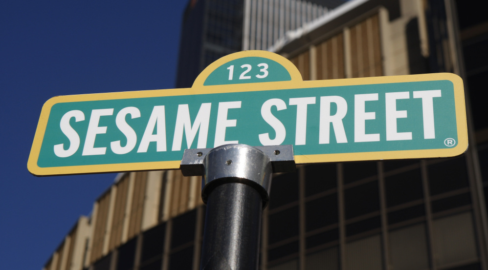 For Hbo 39 Sesame Street 39 Retooled To Attract Tech Saturated Kids Portland Press Herald