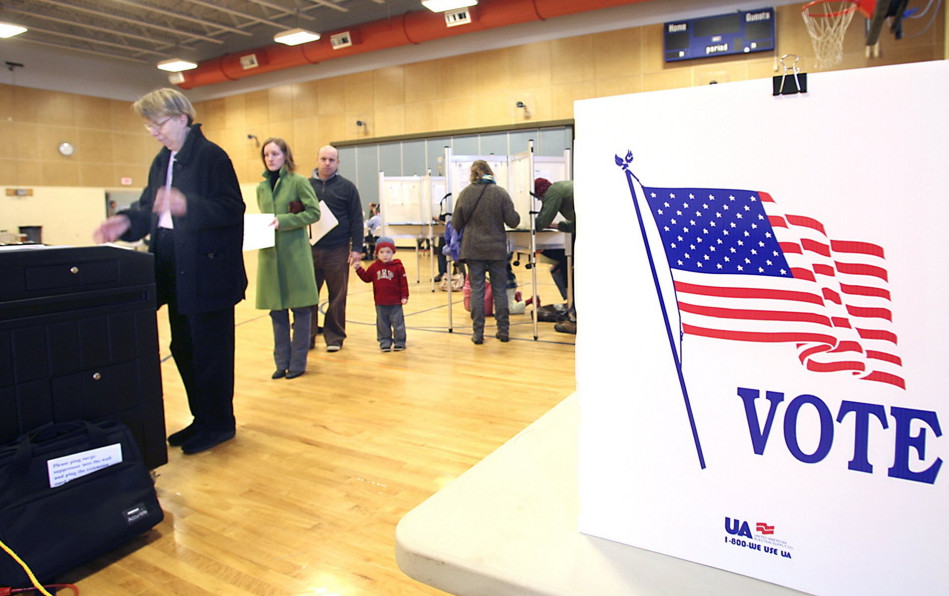 A letter writer says the influence of spending by outside groups compromises Mainers' right to one person, one vote representation.