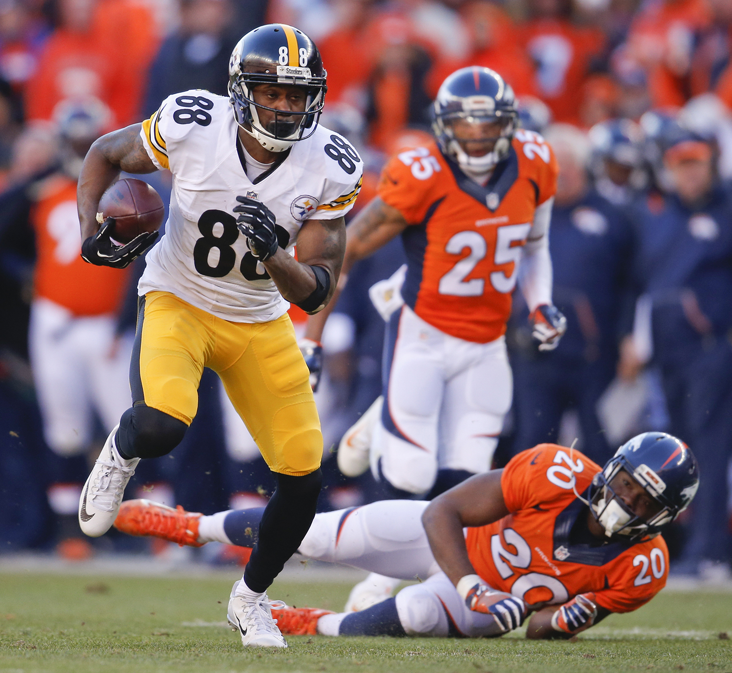 Broncos Vs. Steelers AFC Playoff Game