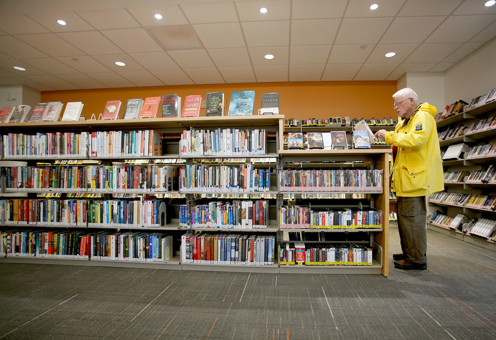 Cape elizabeth library reopens to positive reviews for Kitchen library portland